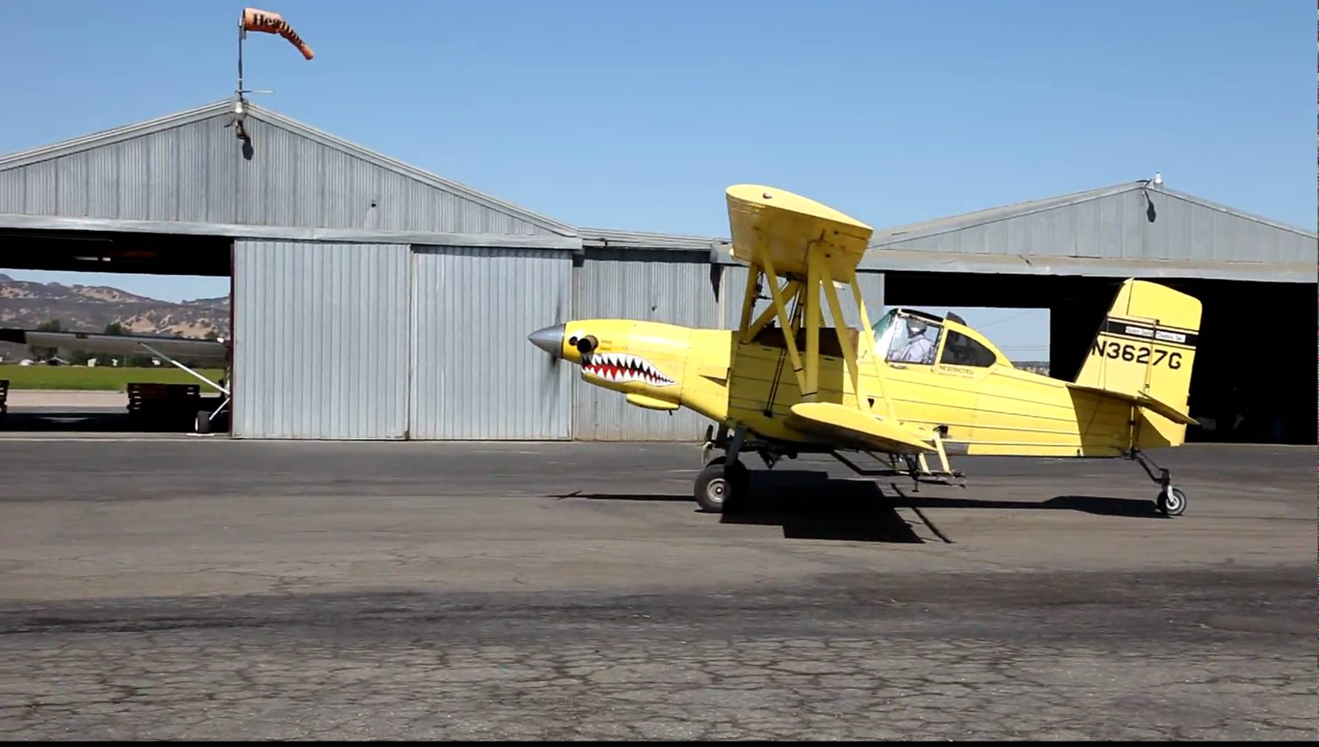CROP DUSTER AT AIRPORT_GOOGLE IMAGE